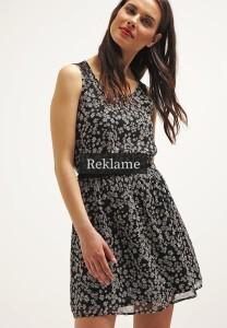 ONLY kjoler